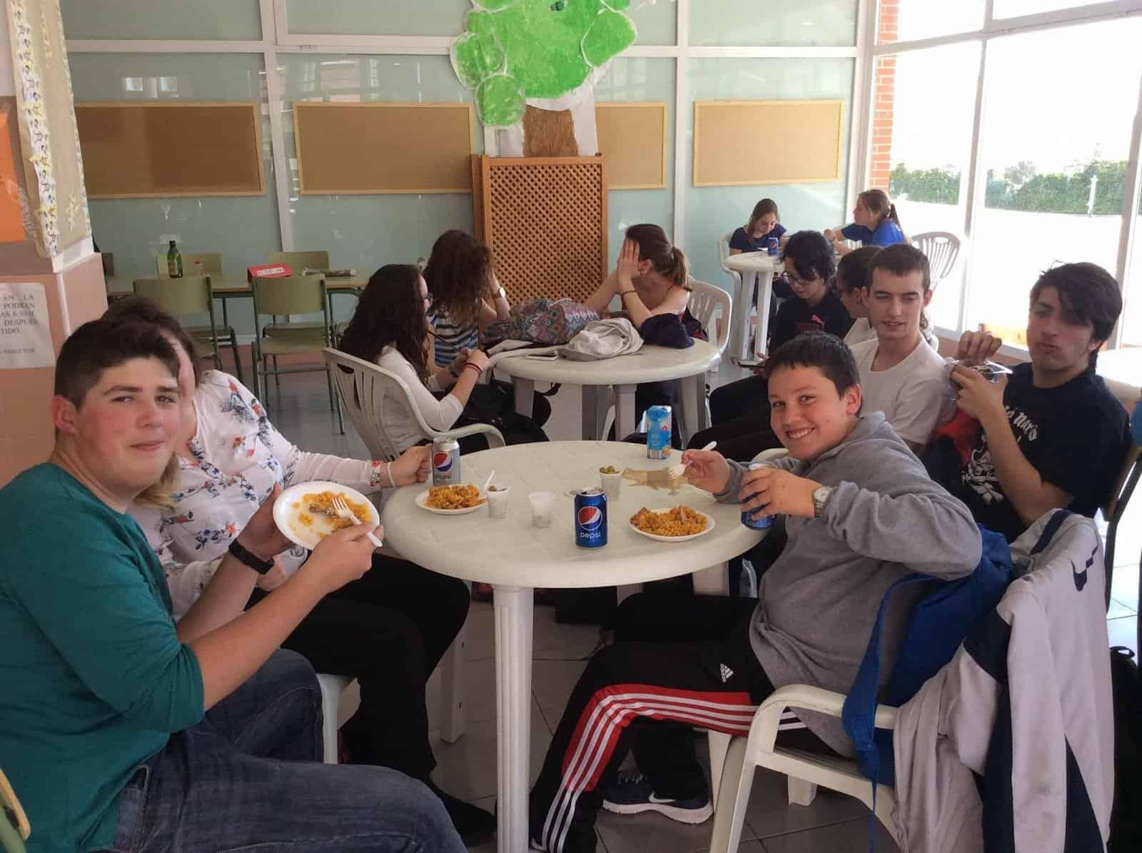 alumnos y_paella